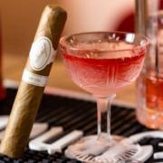 Cocktails und Zigarre
