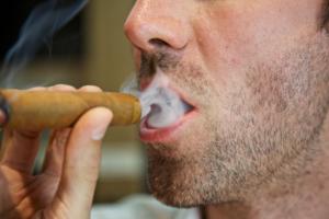 zigarren rauchgerauch